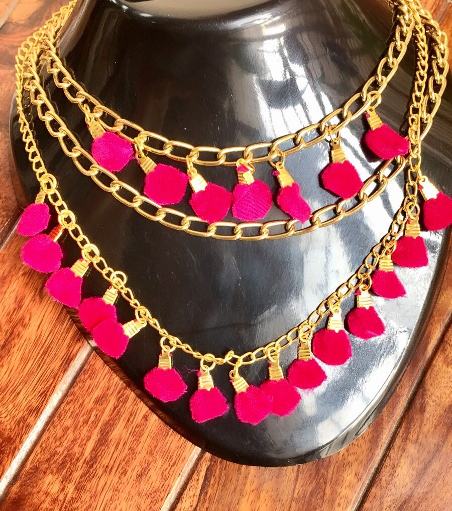 Golden-multilayer-Chains-and-Deep-Pink-Necklace-01