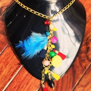 Long-Golden-Chain-Neckpiece-Tassels-Beads-Feather-01