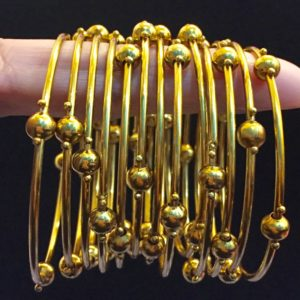 Metal-Bangles-Set-Golden-01