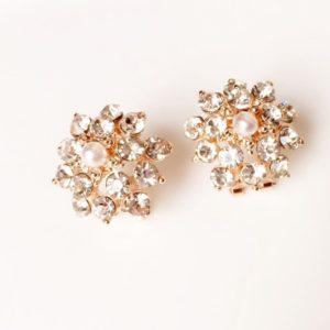 All-Crystal-Flower-With-Pearl-Stud-Earrings-01