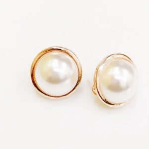 Big-Pearl-Golden-Circle-Party-Stud-Earrings-02