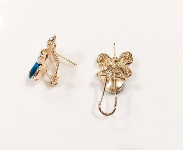Blue-Drop-With-Golden-Bow-Party-Studs-04