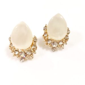 Drop-Shaped-Big-Stone-Party-Stud-Earrings-White-03