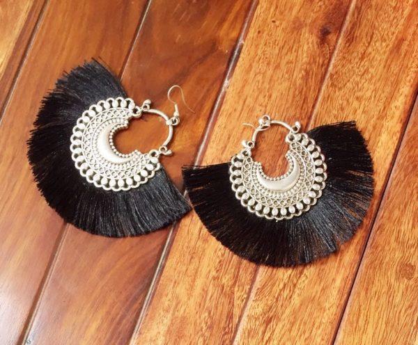 Fan-Style-Tassel-Earrings-With-Chandbalis-Black-02