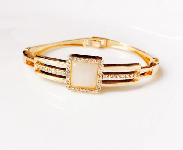 Golden-Pearl-Stone-Bracelet-013