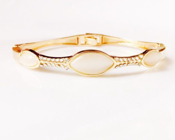 Golden-Pearl-Stone-Bracelet-014