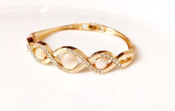 Golden-Pearl-Stone-Bracelet-03