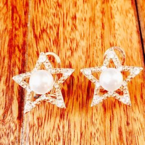 Golden-Star-With-Pearls-Stones-Stud-Earrings-02