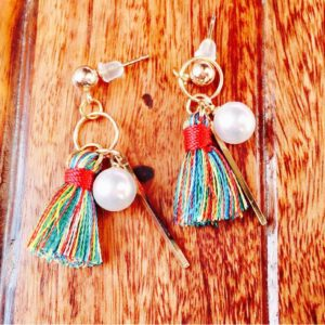 Multicolored-Mini-Tassel-With-Golden-Stick-Pearl-Earrings-03