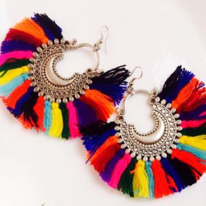 Multicolour-Wool-Tassel-Fan-Style-Earrings-With-Chandbalis-01