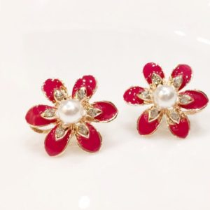 Pink-Petals-Flower-With-Pearl-Stud-Earrings-02