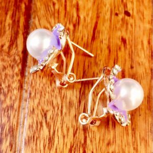 Purple-Flower-With-Pearl-Stud-Earrings-02