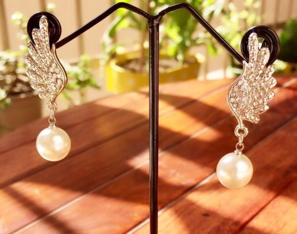 Silver-Wings-With-Stones-Pearl-Drop-Earrings-02