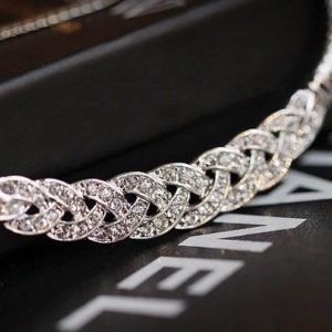 Twisted-Pendant-Chain-Necklace-Silver-01