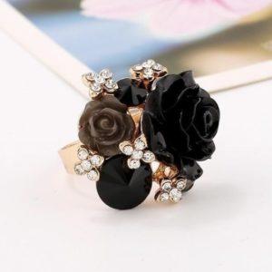 Big-Party-Finger-Rings-Rose-Black