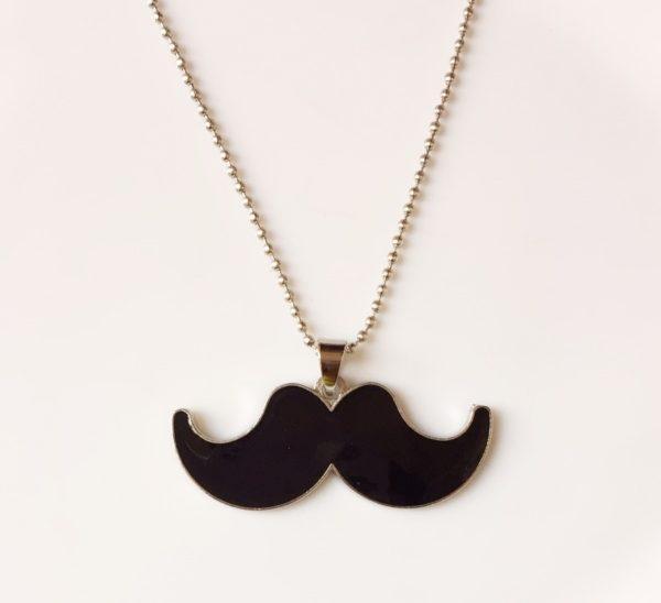 Black-Moustache-Chain-Pendants-01