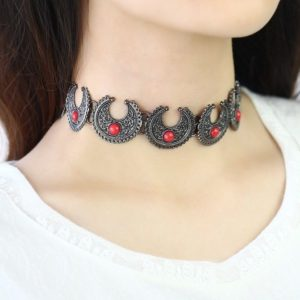 Bohemian-Metal-Crafted-Chokers-Crescent-Moon-04