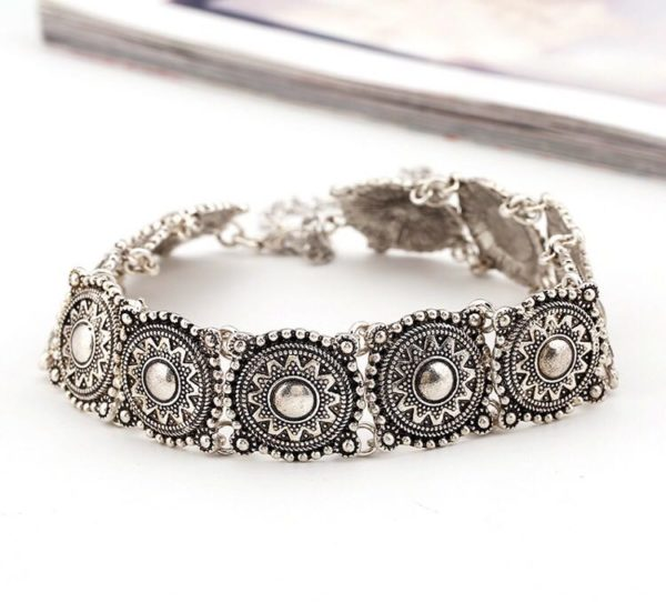 Bohemian-Metal-Crafted-Chokers-Silver-05