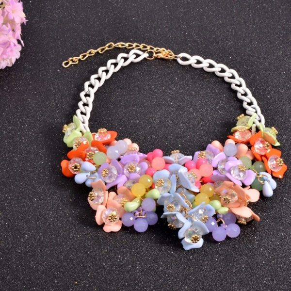 Floral-Statement-Necklace-Multicolor-03