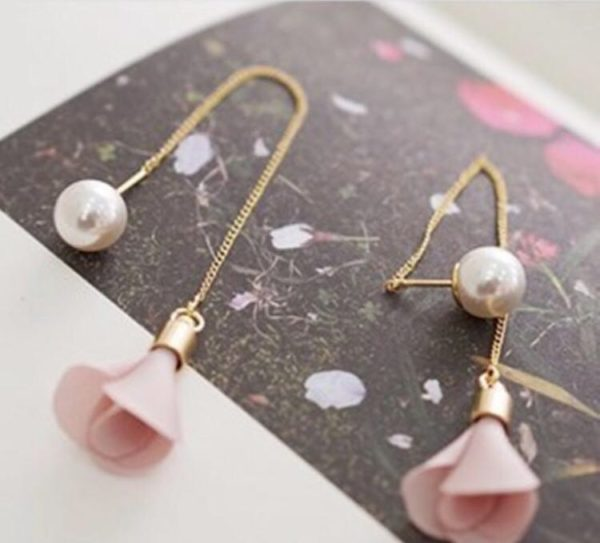 Long-Chain-Two-Side-Floral-Pearl-Earrings-Pink-01