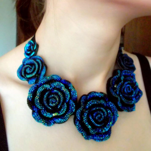 Romantic-Roses-Tie-Up-Necklace-Deep-Blue-03