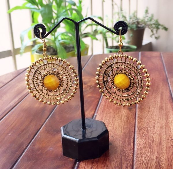 Round-Dangle-Earrings-With-Big-Colored-Bead-Yellow-01