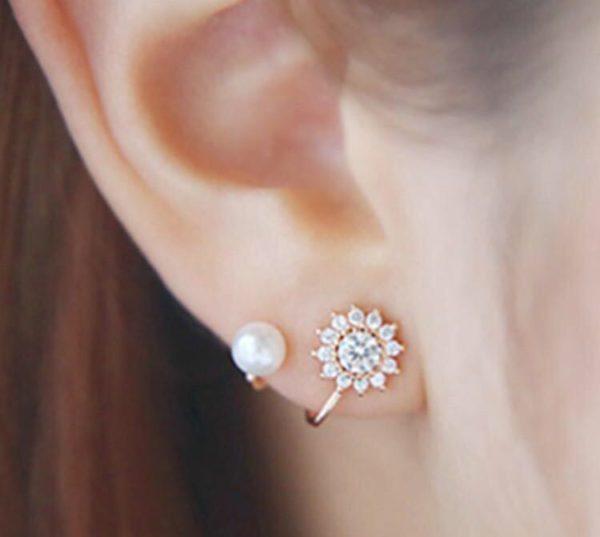 Floral-Rhinestone-With-Pearl-Stud-Earrings-01