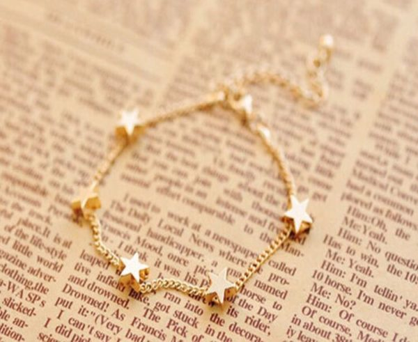 Golden-Chain-Bracelets-Moon-Hearts-04