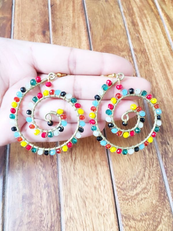 Designer-Spiral-Earrings-With-Multicolored-Beads-01